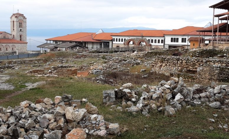 ARCHEOLOGICAL-SITE-PLAOSHNIK